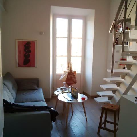 Magnifique studio duplex parfaitement placé - Nizza - Huoneisto