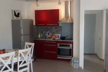 Appartement indépendant dans domaine privé. - Guidel