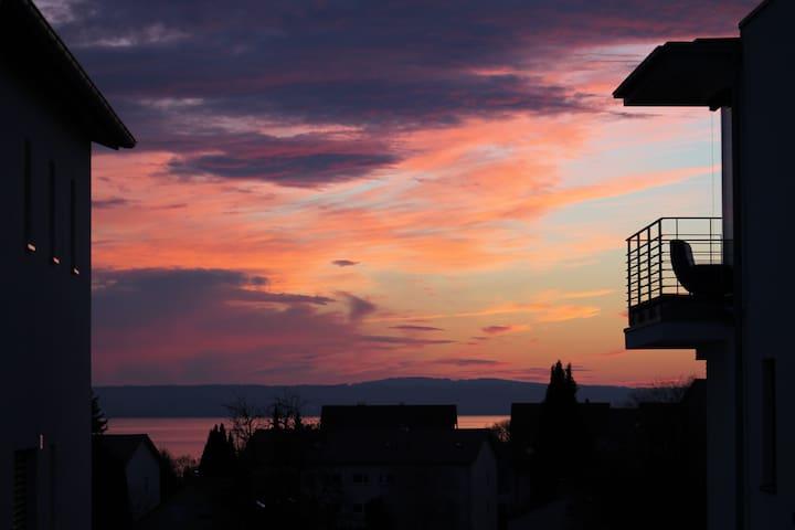 moderner Rückzugsort mit Seeblick - 腓特烈港(Friedrichshafen) - 公寓