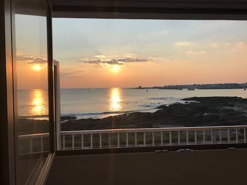 Quiberon Apartment Facing the Sea