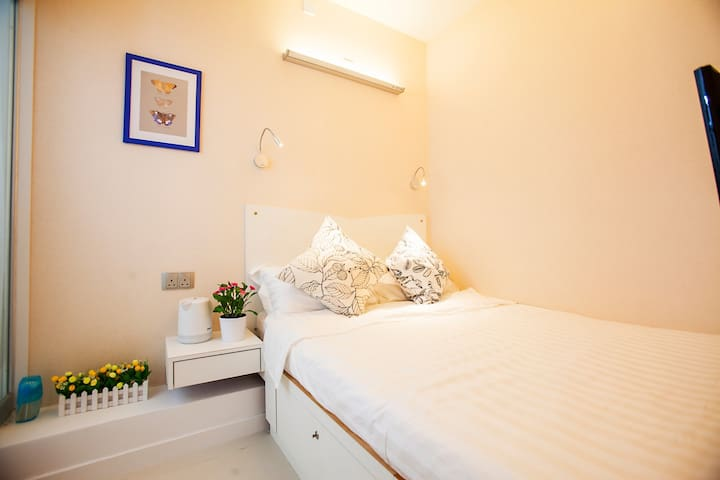 Fortune Inn Double bed Room 13 温馨大床房