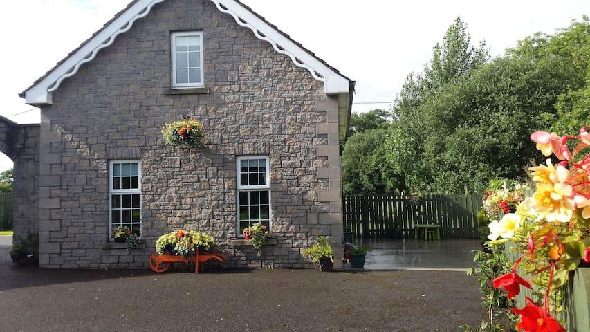 Donagh Lodge