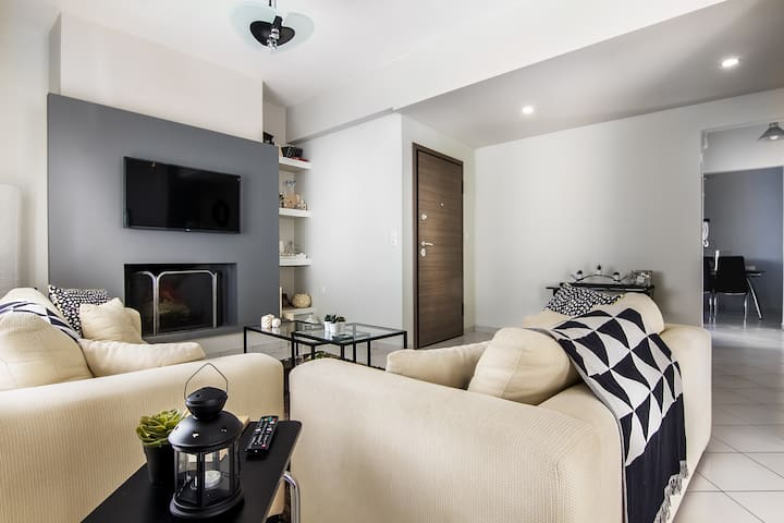 Renovated and modern penthouse at Elliniko