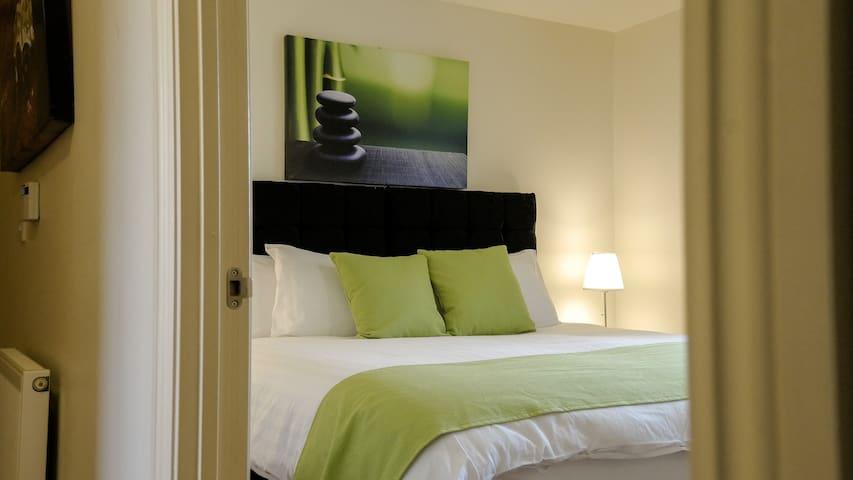 The Cambridge Luxury Ground Floor 2 Bed Apartment