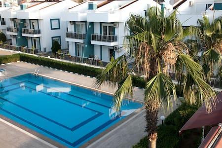 Antalya Havuzlu site içerisinde 2+1 Kiralık Daire - Aksu