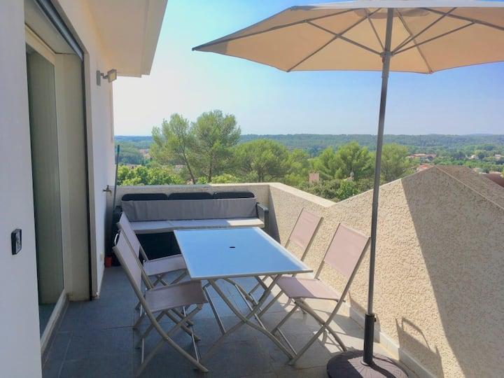 Proche Montpellier, belle vue, 2 salles de bains