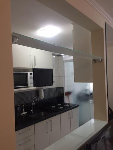 Apartamentos 2 dormitórios mobiliado no Morumbi