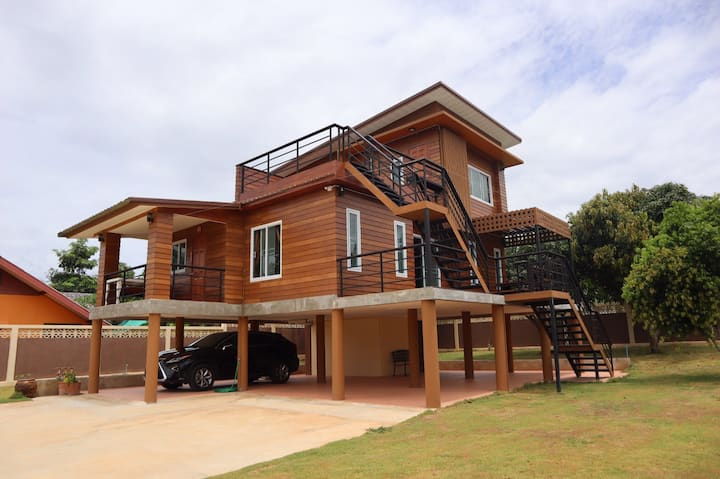 บ้านแป้ง ณ เขาใหญ่ (Pang House @ Khao Yai)