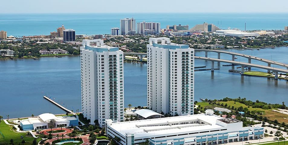 Beautiful Marina Grande - 2 Bedroom Condo - Holly Hill - Condominium