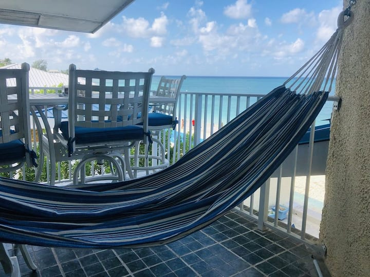 Seven Mile Beach Condo - Cayman Reef Resort #29