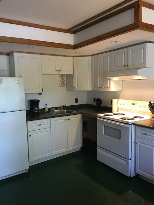 Fully equipped and updated kitchen