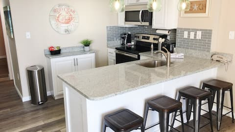Beautiful Condo with Gulf View GSSRC 614A