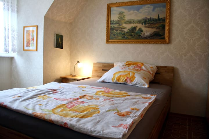 Einzelzimmer 2. OG: Ferienhaus/-zimmer Frickental