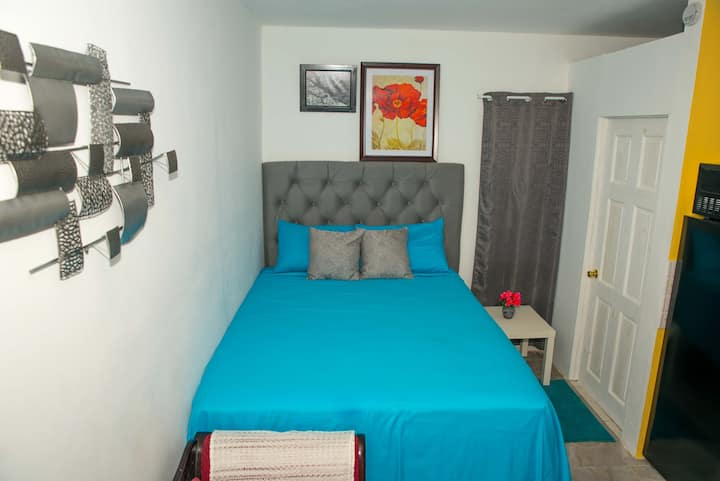 Comfy Studio Porto Bello Meadows, Montego Bay