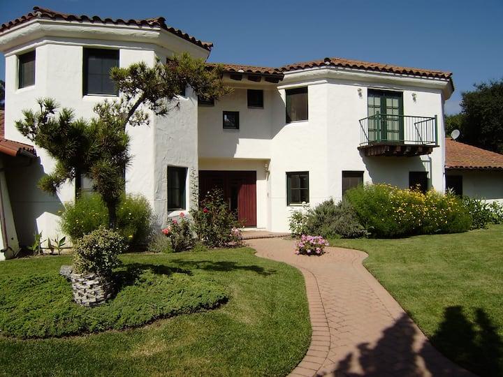 Mediterranean Estate in exclusive Hope Ranch