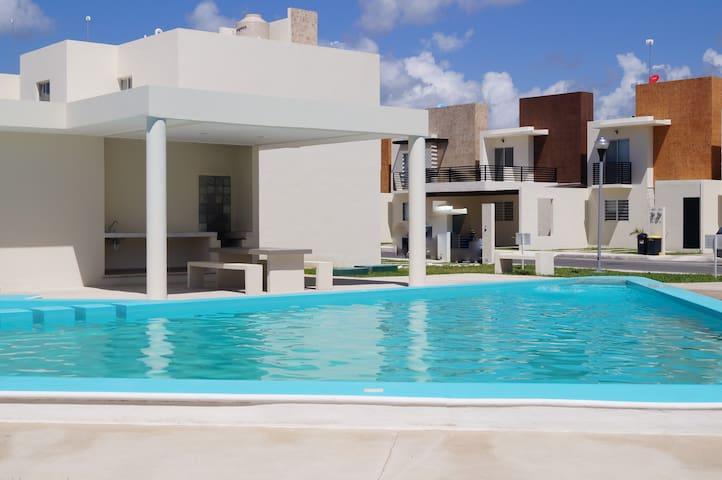 """Exclusiva Casa """"Albercas+Wifi+Aire Acondicionado"""""""