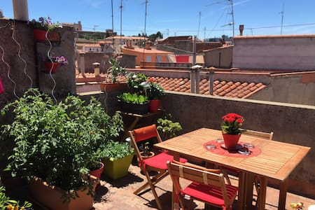 Room in a beautiful loft with terrace - Perpignan