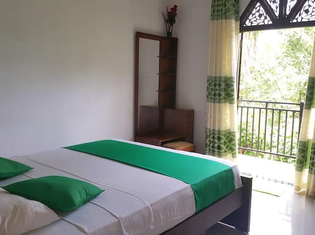 Homestay 24/1 - Room 2