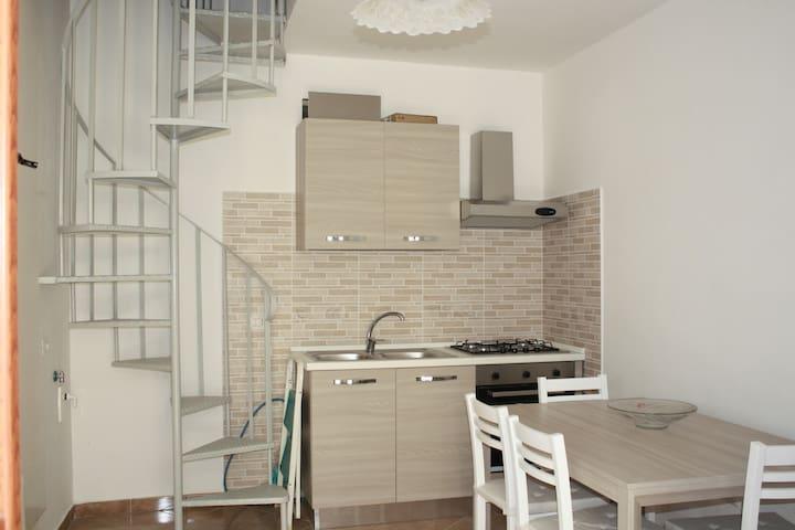Tranquillo appartamento immerso nel verde