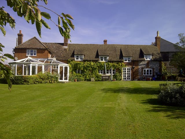 Warren Farm B+B - Owslebury - Bed & Breakfast