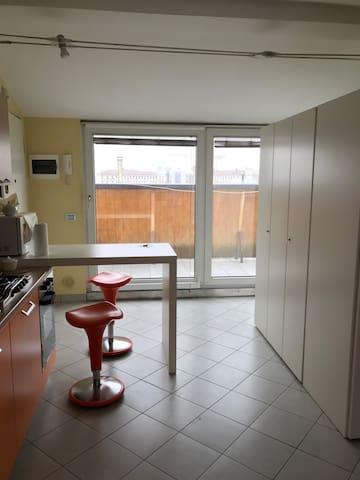 Mini alloggio centro CUNEO - Cuneo - Appartement