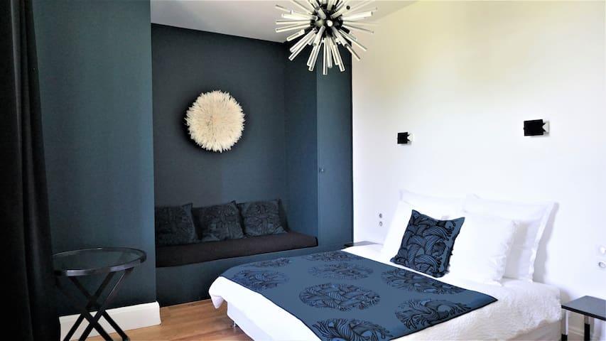 chambre Bleue Château Bernon