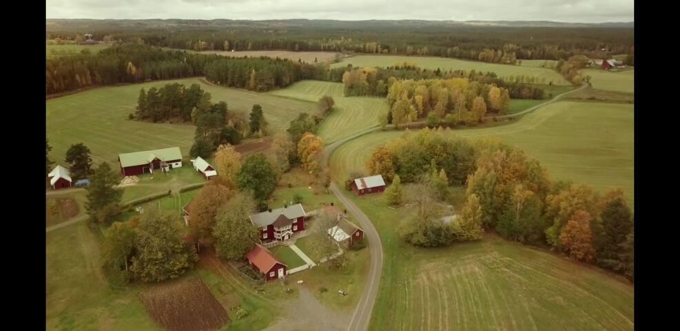 Lantlig idyll nära Jönköping och Vättern