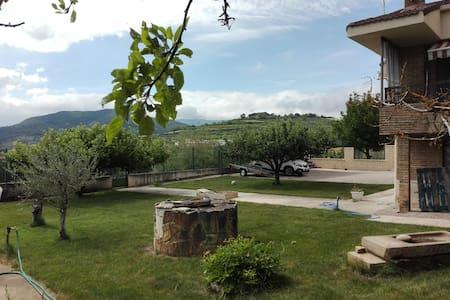 Chalet zona El Puy en Estella - Estella - Villa