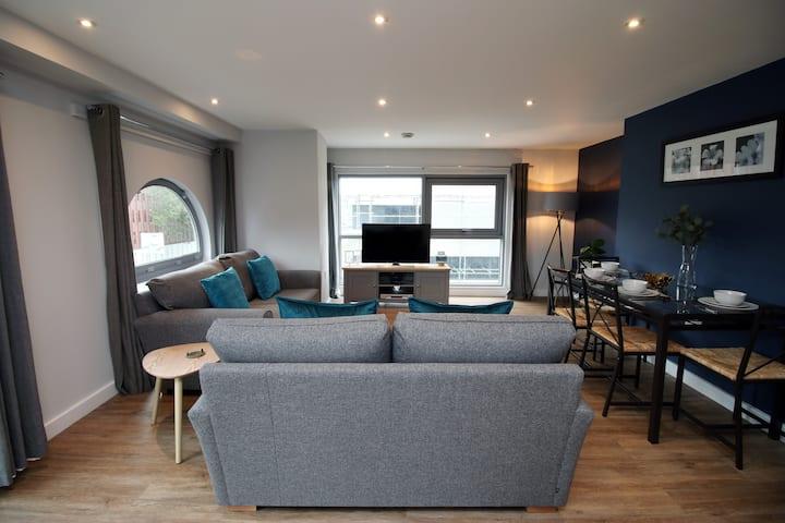 Violet's Corner:  Luxury Town Centre Serviced Apartment.
