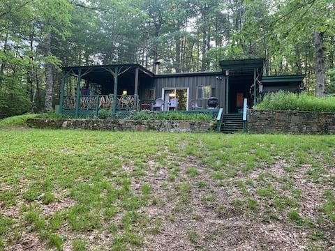 Allewelt Creekside Cabin alone on 5 acres.