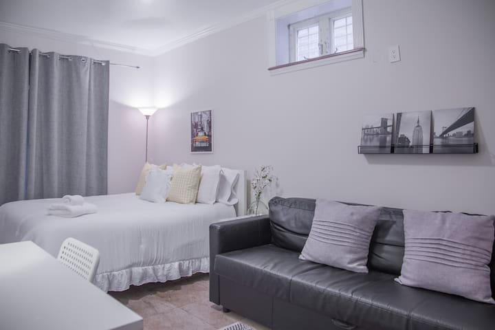 Cozy & Beautiful Room in Astoria for all season