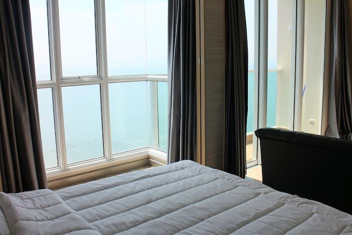 New house! Panoramic Ocean View, Cetus in Pattaya