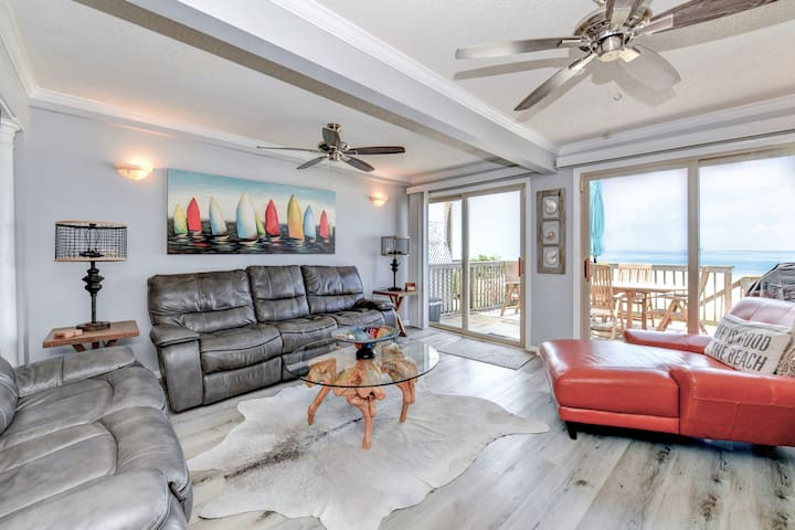 Beachfront Home *Cast Away* Great for families
