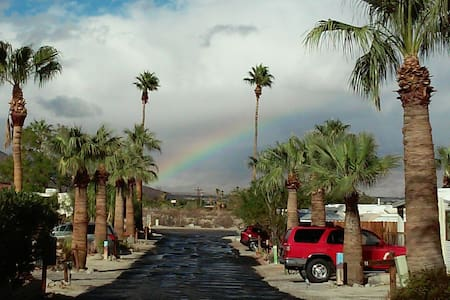 Vintage Glamping in Borrego Springs - Blue Bertha - Borrego Springs
