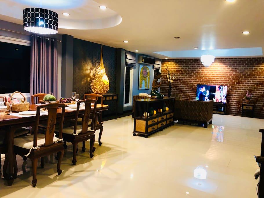 客厅&餐厅