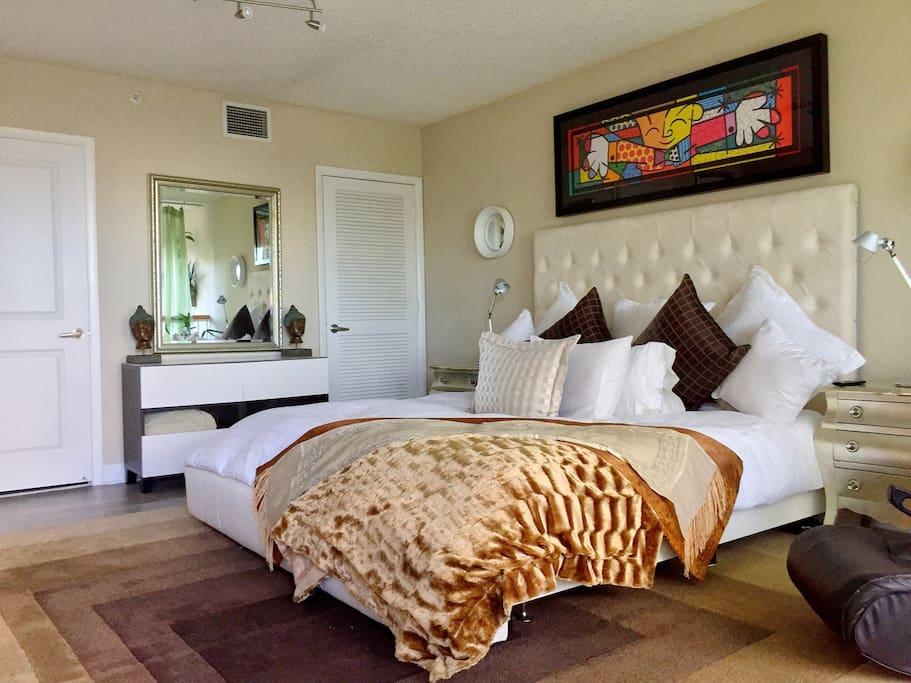 Miami Beach Luxury Town House