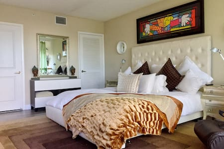 PRESIDENTIAL SUITE *2BED APT ON THE BEST OF SOBE* - Miami Beach - Townhouse