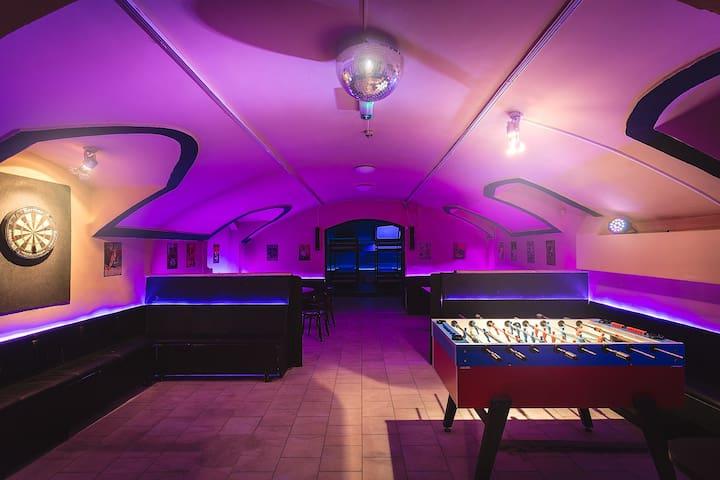 The Bachelor Bar - Gentlemen's Club