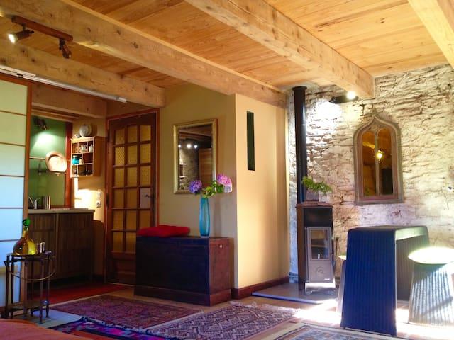 Gîte pour amoureux du vitrail Sud Aveyron - Saint-Affrique - Loft