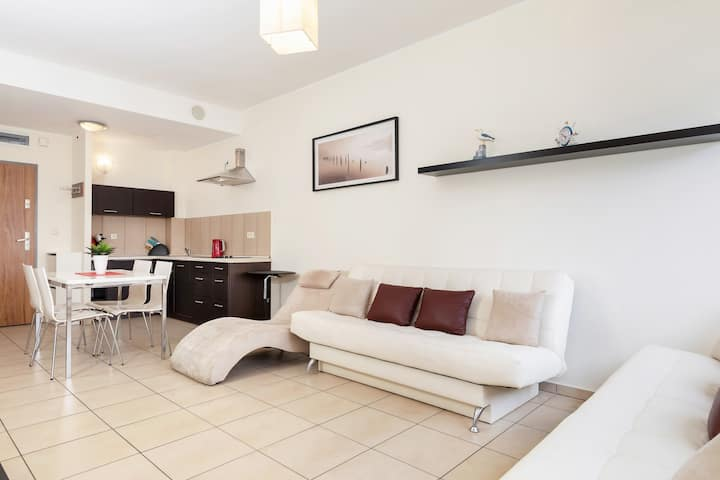 Olympic Park A303 | 200m from the beach