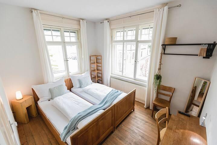 "Villa Donkey Bed & Breakfast Doppelzimmer ""Grün"""