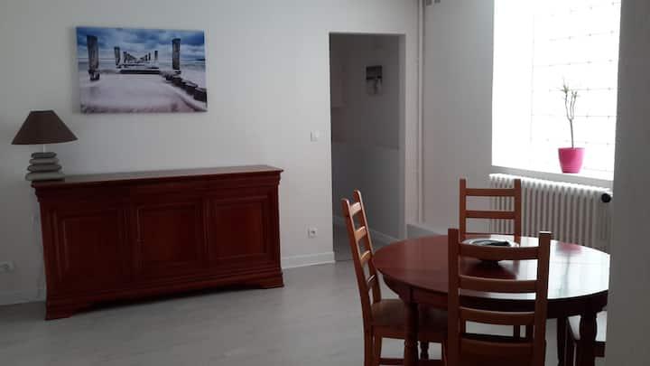 Appartement 85 m2  T3 proche centre ville