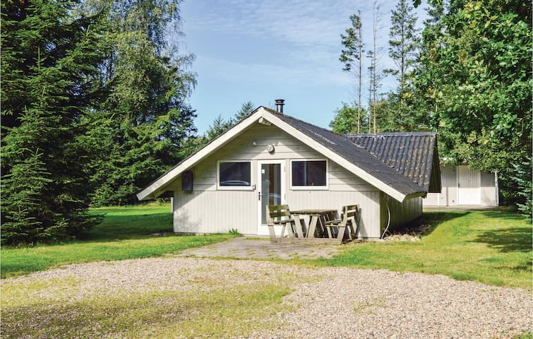 Holiday cottage with 4 bedrooms on 93 m² in Herning