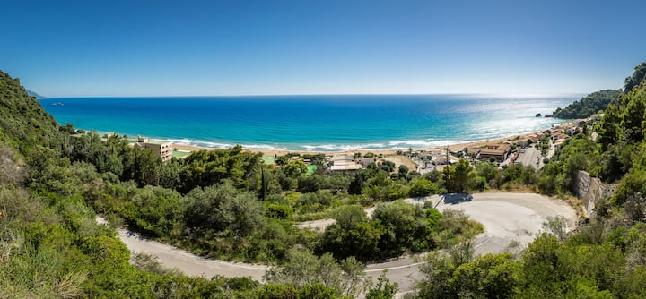 SeaView Apartment, Glyfada, Menigos  resort, Corfu