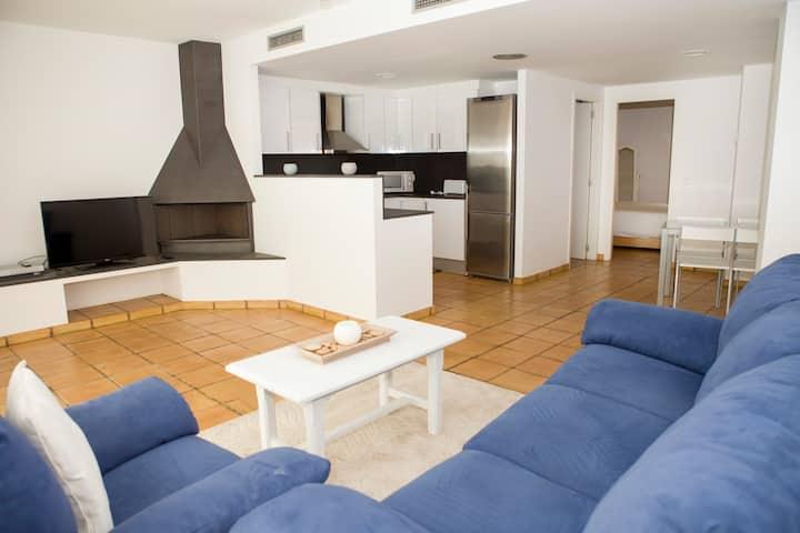 Apartamento MODERNO en el CENTRO de Cadaqués !