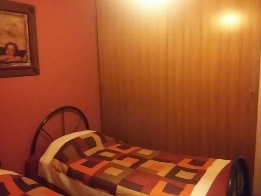 Bedroom 2 beds, TV Cable, Closet & Windows
