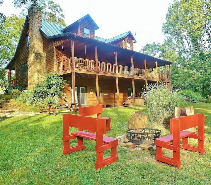 Enchanted Lake Lodge