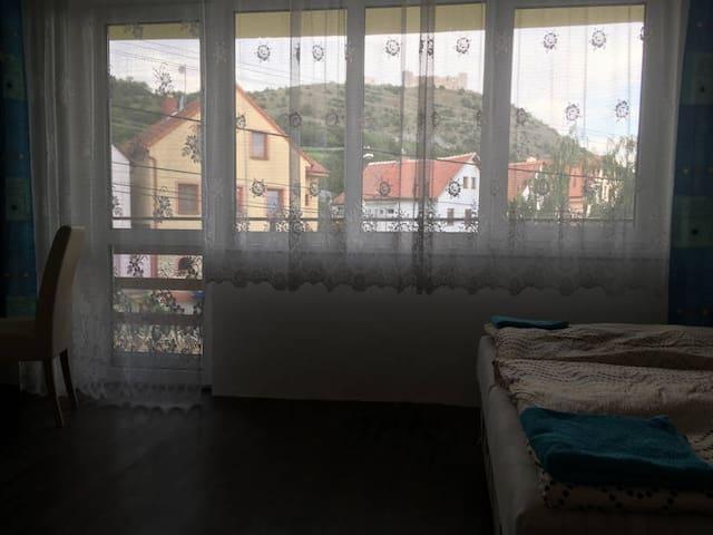 Ubytování Navrchu pokoj 2