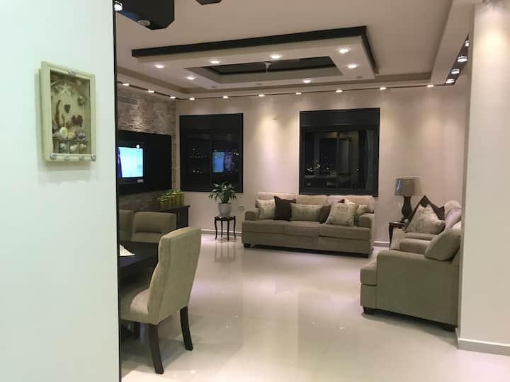 Qawasmi Apartment