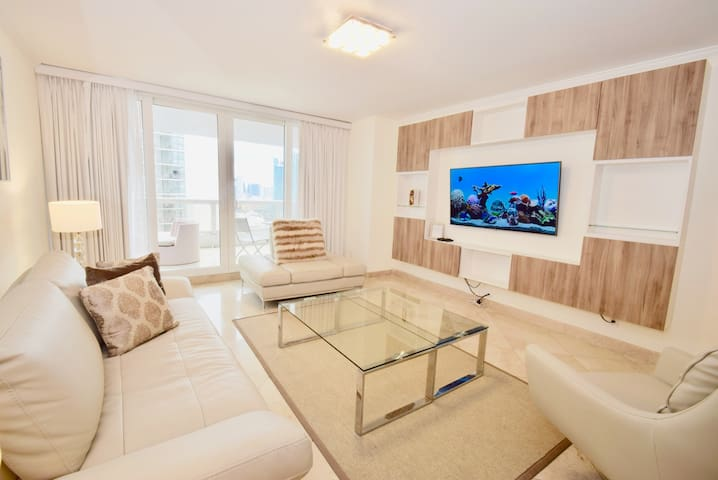 3041 Blissful On The Bay (3 Bedroom Condo)